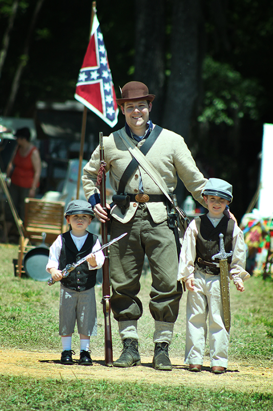 """Our Boys Pose with a """"Real"""" Confederate Soldier"""